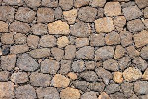 kő burkolat a mediterrán kertépítésben